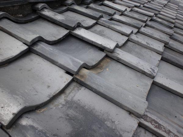 屋根からの雨漏りサムネイル