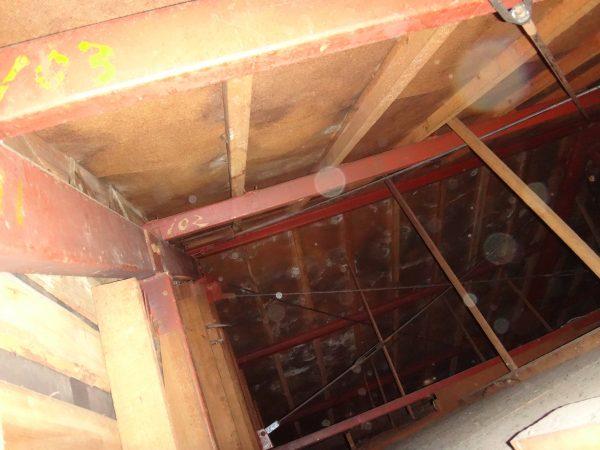 下地コイル材がカビています。サムネイル