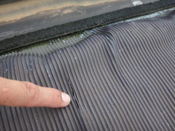 鉛板の劣化で雨漏りしていますサムネイル